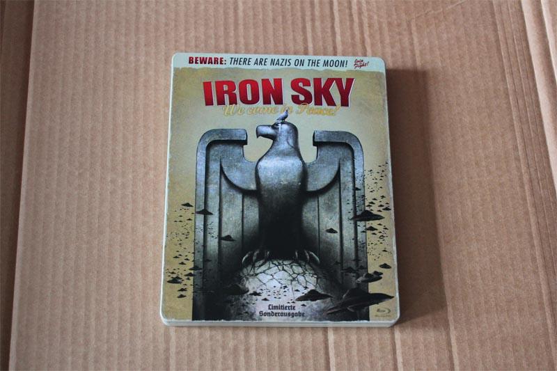 iron-sky-steelbook-bluray_1